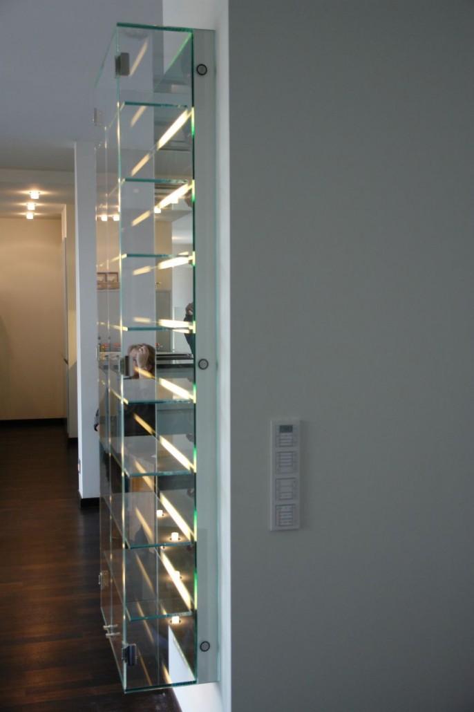 glasregal beleuchtet free indirekte beleuchtung with glasregal beleuchtet trendy beleuchtete. Black Bedroom Furniture Sets. Home Design Ideas