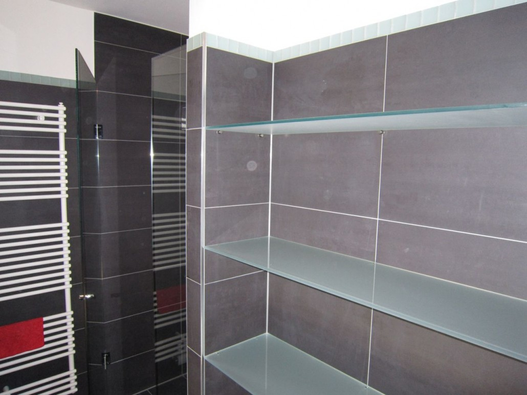 Glasregal bad glasregal eckregal regal glas badregal glasablage glasregal bad fabulous bild - Badezimmer regal glas ...